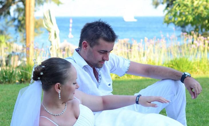 symbolic beach wedding on Kos