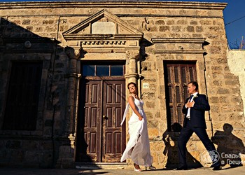 "Lyudmila's and Alexey's ""coral"" wedding ceremony on Rhodes"