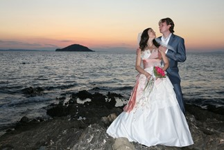 Olga's and Sergey's wedding ceremony on a traditional yacht