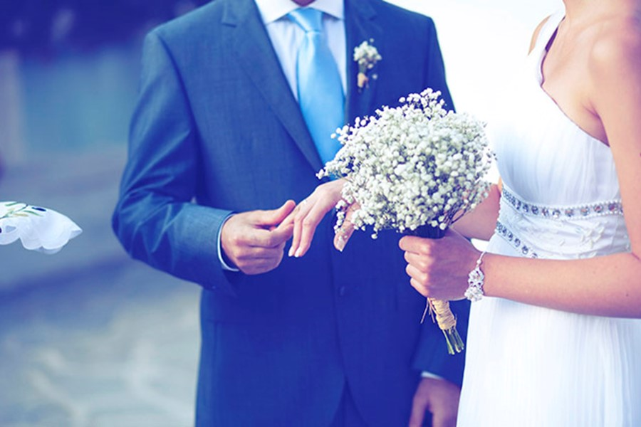 A civil wedding on Halkidiki peninsula