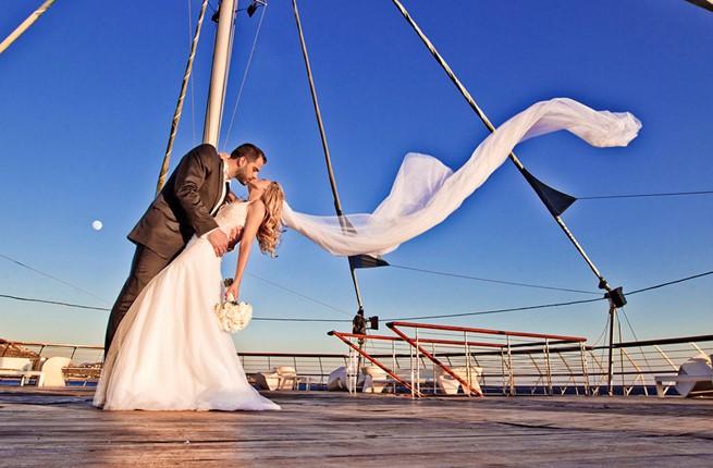 An elegant wedding in Lagonisi