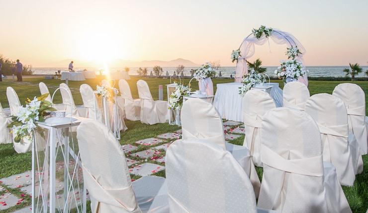 Роскошная свадьба у моря на Косе