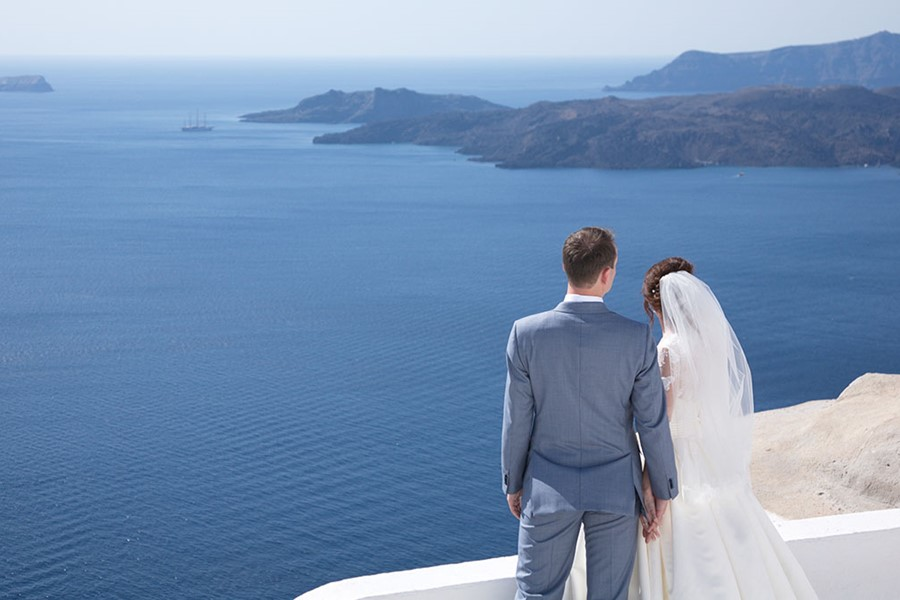 A wedding at Santorini Gem