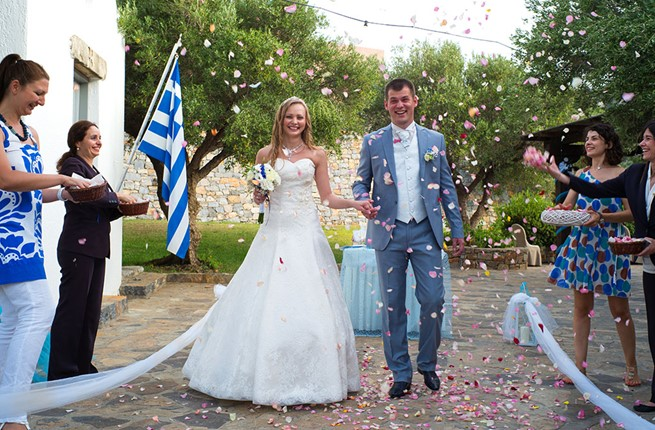 A civil wedding in the hotel on Crete