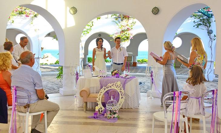 Oфициальная церемония на Родосе в лавандовом стиле