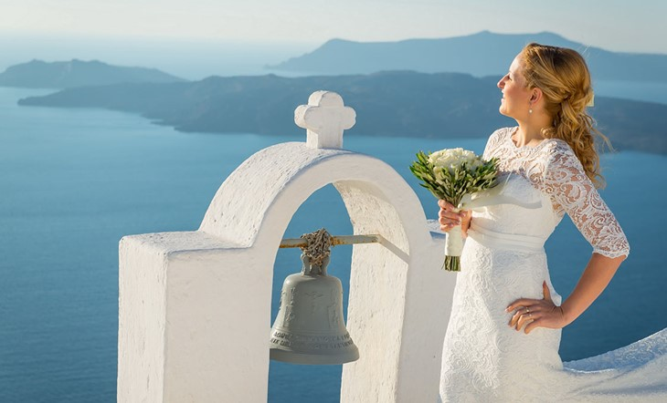 Романтическая свадебная церемония на Санторини на вилле Ирини
