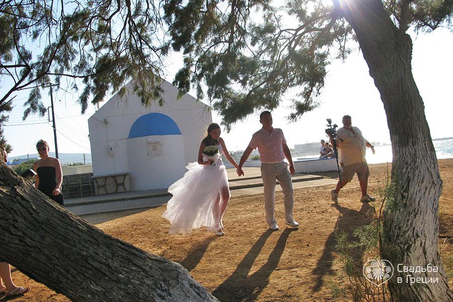 Кто сыграл свадьбу в греции