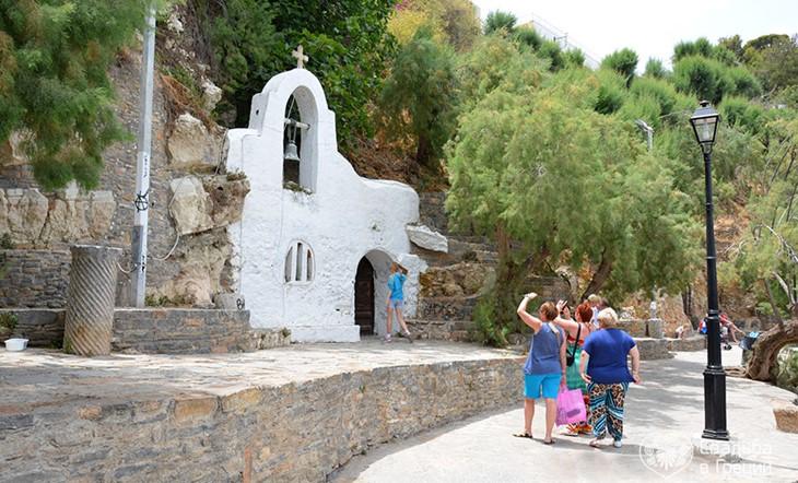 Crete, Symbolic  ceremony, Lake Voulizmeni