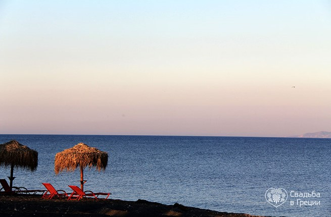 Beach of Perissa