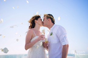 Irina's and Andrey's beautiful ceremony in Ancient Greek style