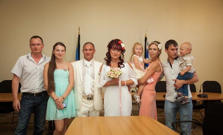 Свадебная церемония на красивом пляже в Халкидиках