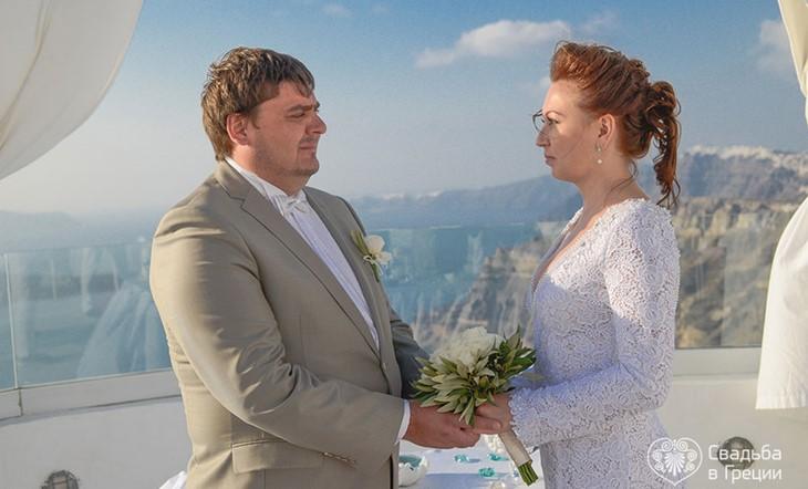 Романтическая официальная свадебная церемония для двоих на Санторини