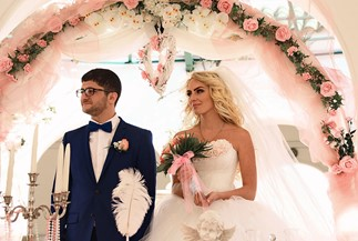 Yana's and Artem's wedding in pale pink color