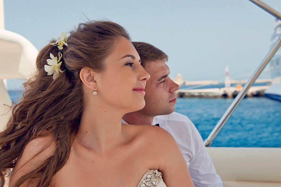 A wedding on a yacht on the island of Rhodes