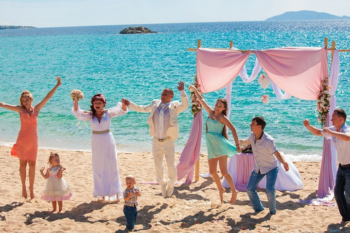 A luxury wedding at the seaside on Halkidiki, Halkidiki