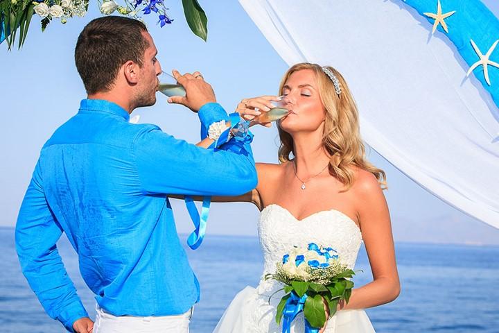 Гламурная свадьба на черном пляже, Санторини