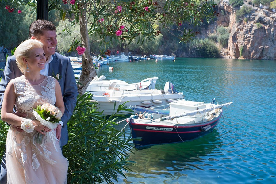 A civil wedding ceremony in Agios Nikolaos