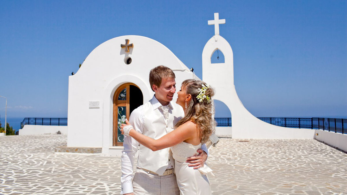 Wedding in the church, what are the signs