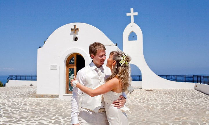 Oфициальное бракосочетание в церквушке Св. Софии
