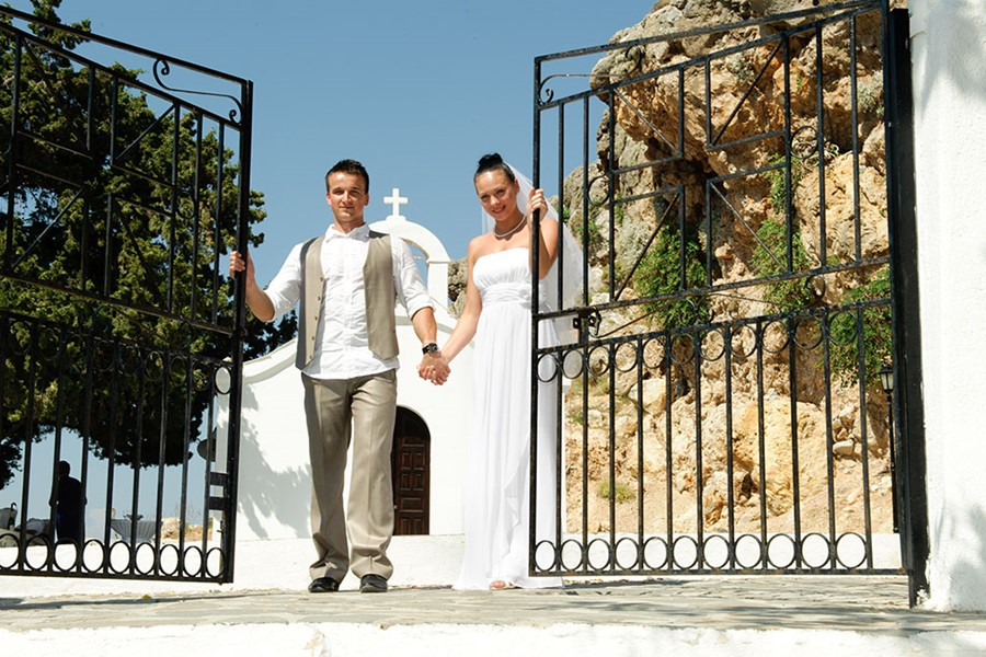 Civil wedding on the island of Rhodes