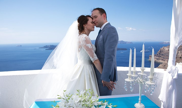 A civil ceremony in the Villa Irini