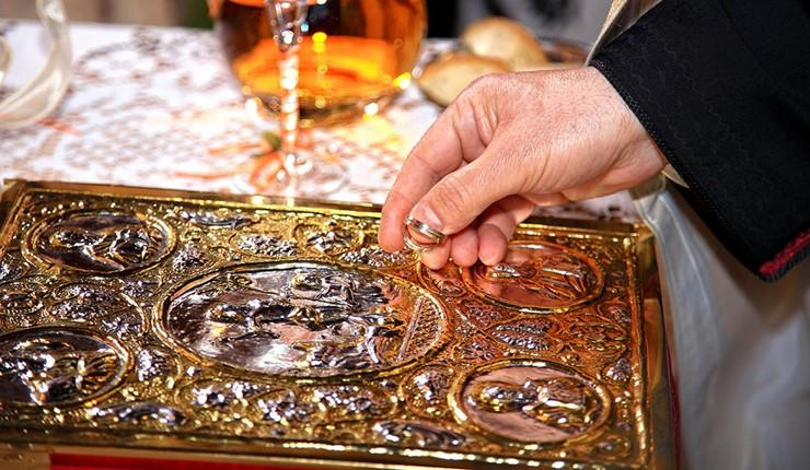 Венчание в церкви Св. Георгия на горе Ликавиттос