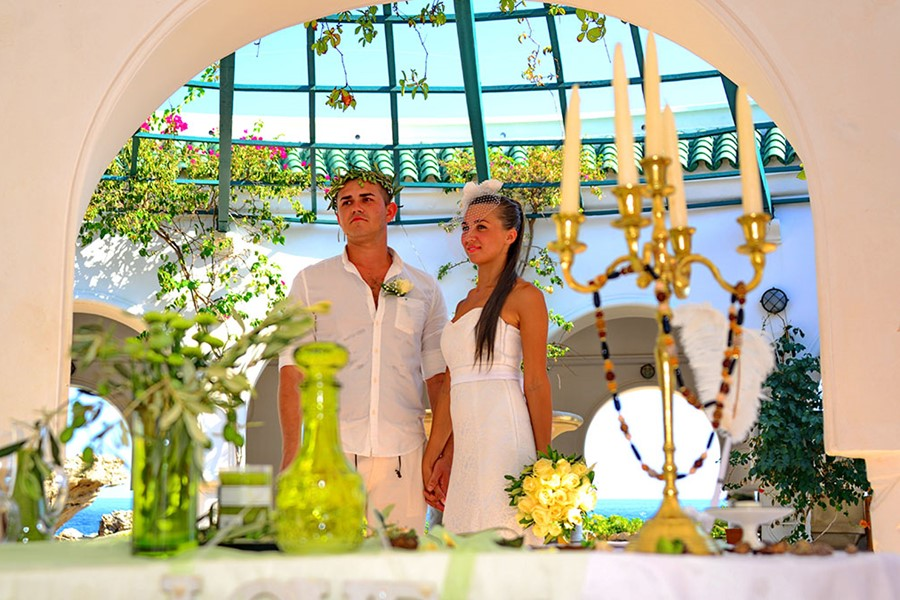 A wedding ceremony in a villa on Halkidiki