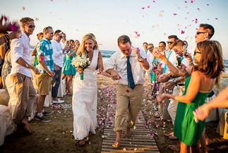 Kinga's and Ryan's symbolic beach ceremony on Crete