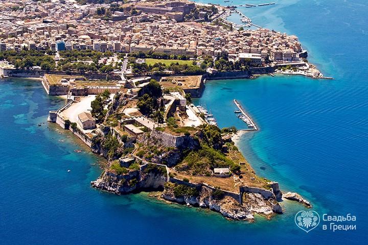Yacht Club in Corfu Town