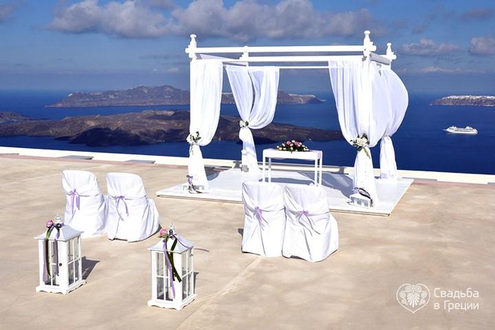 Santorini Gem, Santorini